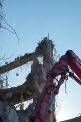 Destruction and departure (しまむー) Tags: sony slta57 a57 α57 minolta af 50mm f17 autumn walk