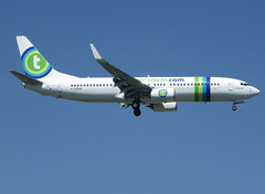 F-GZHO, Boeing 737-8K2(WL), 43880 / 5270, Transavia France, ORY/LFPO 2018-05-07, short finals to runway 06/24. (alaindurandpatrick) Tags: fgzho 438805270 737 738 737800 737nextgen boeing boeing737 boeing737800 boeing737nextgen jetliners airliners to tvf francesoleil transaviafrance transavia airlines ory lfpo parisorly airports aviationphotography