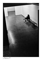 Salle d'attente (stephane_p) Tags: pentax biancoenero bianconero blackandwhite blackwhite bw darktable monochrome nb noiretblanc solitudeurbaine skancheli sigma1835