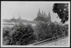 Archiv S7 Prager Burg, 1950er (Hans-Michael Tappen) Tags: archivhansmichaeltappen altecssr tschechien ostblockzeit 1950s 1950er prag stadtgeschichte geschichte architektur baustil history altečssr prague pragerburg