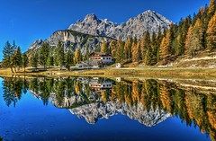 Chalet (giannipiras555) Tags: dolomiti lago antorno riflessi montagna alberi autunno natura colori cielo trentino nikon landscape travel panorama paesaggio