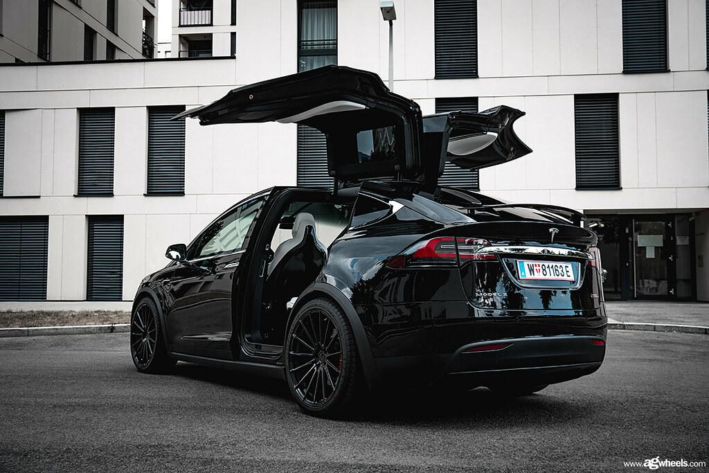 Tesla Model X - M615 Gloss Black