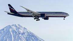 Aeroflot Boeing 777-300ER VQ-BUA (Zhuravlev Nikita) Tags: spotting elizovo kamchatka uhpp boeing 777 b777 boeing777 aeroflot volcanoes