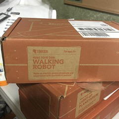 About to do an #unboxing of my @kiwico_inc #tinkercrate #walkingrobot (mormondancer) Tags: about do an unboxing kiwicoinc tinkercrate walkingrobot