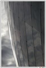 Zeppelin footballistique (imaGilaire) Tags: stade football va architecture scau ciel pattern imagilaire 2018 hautdefrance valenciennes