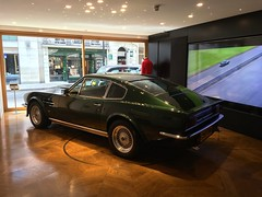 1988 Aston Martin Vantage X Pack with 5Speed Getrag Manual Gearbox (mangopulp2008) Tags: 1988 aston martin vantage x pack with 5speed getrag manual gearbox boutique store piccadilly london