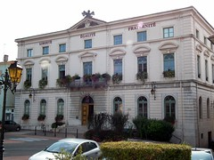 saint-vallier (amine.webonline) Tags: fujifilmfinepixhs10 mairie saintvallier wikipédia