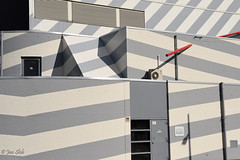 Striped building (Jan Slob) Tags: rotterdam netherlands holland lloydstraat building architectuur nikon nikond750 ©allrightsreserved geotagged delfshaven explore