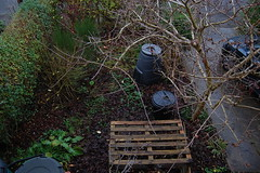 Looking Down on the Front Garden - December 2018 (basswulf) Tags: d40 1855mmf3556g lenstagged unmodified 32 image:ratio=32 permissions:licence=c 20181221 201812 3008x2000 lookingdownonthegarden garden normcres oxford england uk frontgarden compost compostbin pallets