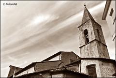 tetti multipli (imma.brunetti) Tags: scanno abruzzo italia scorci palazzi edifici aquila chiesa cappella seppia tetti campanile campane nuvole cielo