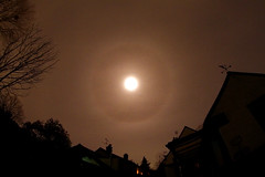 Lunar Halo (Alun_ H) Tags: dslr lunar halo 1100d fisheye lens