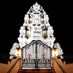 Sri Venkateswara Temple NC (Michael Berg Photo) Tags: michaelberg michaelbergphoto raleigh nc northcarolina hindu temple cary fuji fujifilm xpro2 fujinon 14mmf28 14mm night