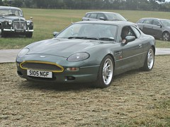 42 Aston Martin DB7 (1998) (robertknight16) Tags: astonmartin british 1990s db7 chateauimpney s105ngf