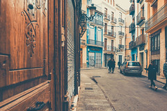 Valencia old city (HNFF) (Sonia gsgs) Tags: nikon d3300 photography city urban urbanshots streets oldcity streetphotos street agameoftones pov perspective architecture streetstyle tokina