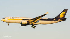 Jet Airways arrived yesterday with a bit of delay, meaning it arrived just about 10 mins after sunrise! Jet Airways A330-200 VT-JWP arriving into Manchester Airport. 17.12.18 (Yazn Achtar) Tags: subhanallah beautiful beautifulshot beauty beautifulsky beautifulphoto photographyatitsbest planespotter planespotting photography photooftheday planes photograhyatitsbest manchesterairport manchester jetairways jet india mumbai nikonphotography nikon nightshot nightphotography nightsky airbus a330 a330200 beautifullivery beautifullight beautifulaircraft beautifulbackground beauituflsunrise sunrise salam