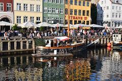 Nyhavn Boat (Bri_J) Tags: copenhagen denmark københavn danmark city nikon d7500 nyhavn boat canal buildings reflection