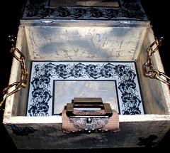 """Título """"Trasiego"""". DISEÑO PROPIO. (Novoartess) Tags: recuerdos fotos intimidades recetas diarios cosas útil vintage medieval untodo rústica arrasadora acaparadora"""