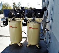 20181223 At the Car-Wash (lasertrimman) Tags: 20181223 at carwash compressor compressors aircompressors aircompressor ingersollrand mister car wash mistercarwash 3050noraclerd tucson az85705