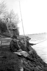 1972 - boys fishing (doc(q)man) Tags: bw blackandwhite monochrome zeeland walcheren kanaaldoorwalcheren fishing boys towpath diagonal predigital docman