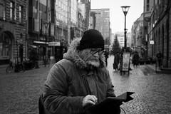 MALMO STREE BW 190112-35-T3011074 (svenerikols) Tags: streetphotography street