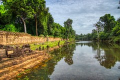 Moat surrounding the temple ruins of Preah Khan in Angkor Archeological Park near Siem Reap, Cambodia (UweBKK (α 77 on )) Tags: preah khan temple ruins ancient history historical angkor archeological park archeology stone siem reap cambodia southeast asia sony alpha 77 slt dslr moat wall water reflection tree