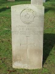 Private James Thomas Dixon (Living in Dorset) Tags: 1915 wardead grave jamesthomasdixon headstone wwi aldershotmilitarycemetery aldershot hampshire england uk gb wargrave