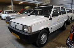 Fiat Panda Elettra 1992 (XBXG) Tags: vs15jz fiat panda elettra 1992 fiatpanda electric électrique bva auctions anthony fokkerweg uithoorn nederland holland netherlands paysbas youngtimer old classic italian car auto automobile voiture ancienne italienne italie italia italy vehicle indoor