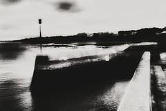 Contours d'un havre de paix (LUMEN SCRIPT) Tags: landscape wharf unsharp blur france ocean water atmosphere mood monochrome