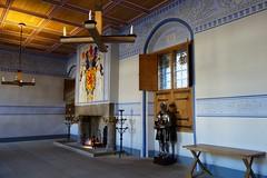 DSC00827 Stirling Castle, Scotland (Fernando Sa Rapita) Tags: stirling scotland escocia castle castillo sony sonyrx100 sonydscrx100 chimenea room salon habitacion escudo escudodearmas