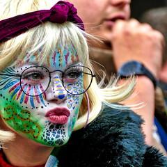 kiss kiss (Bim Bom) Tags: carnaval carnival facepainting woman girl maastricht limburg netherlands disguise