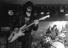 Pierre Lateur : Guitars - Black Mirrors (Samarrakaton) Tags: 2018 bilbao santana27 samarrakaton live directo music musica rock nikon d750 2470 byn bw blancoynegro blackandwhite monocromo guitarra guitar blackmirrors