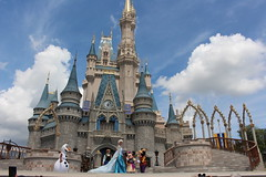 The noon show at the Magic Kingdom in Disney World, Florida (Hazboy) Tags: hazboy hazboy1 magic kingdom disney world september 2018 florida vacation characters show castle cinderella