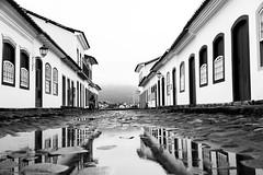 Rain coming (Luiz Contreira) Tags: rain paraty southamerica streetphotography street reflex reflexo brazilianphotographer blackwhite bw brazil brasil canon6d canon oldcity