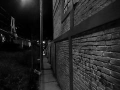 """Un pasaje angosto..."" (netogr) Tags: streetphotography streetsofmexico streetlamps picoftheday guanajuato blackandwhithe alley night bricks wall xperia"