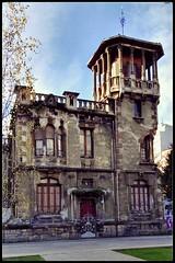 Vieja casona en Gijón (miguel.bo) Tags: arquitectura casona gijon asturias ruinas casa indiano architecture
