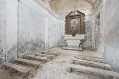 Chiesa Grigia (Jonnie Lynn Lace) Tags: italy italia italian europe european trip travel texture textures interior chiesa church chapel ruins derelict decay ruinas detail details altar pew peelingpaint brown grey white yellow religion religous nikkor nikon d750 24mm digital architecture old classic history time memories exploration explore explorer urbex