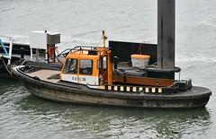KRVE 38 (Hugo Sluimer) Tags: nlrtm onzehaven portofrotterdam port haven nederland zuidholland holland nikon nikond500 d500