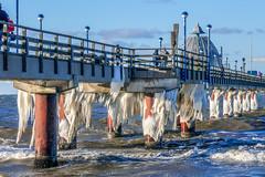 März 2018 auf dem Darß_Seebrücke in Zingst (B_B Fotos) Tags: ostsee dars deutschland winter eis
