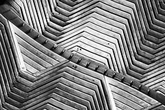 sun lounger (KnutAusKassel) Tags: bw blackandwhite blackwhite nb noirblanc monochrome black white schwarz weiss blanc noire blanco negro schwarzweiss grey gray grau abstrakt abstract lines linien sunlounger sonnenliegen