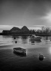 River Leven and Dumbarton Rock (Joe Son of the Rock) Tags: dumbarton river riverleven backlighting contrejour castle rock dumbartonrock dumbartoncastle blackandwhite monochrome boat dinghy rowingboat cruiser cabincruiser buoy sandpoint boatyard sandpointmarina rmcalistersons mcalistersboatyard yachtbuilder marinepark rays sunrays lightrays rnbdunbartonshireleven