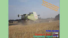 Two (TheFarmer123OnYouTube-photos) Tags: claas claaslexion claaslexion760 lexion760 johndeere johndeere6r hmtrailer harvest18 wheat trackedcombine puresound