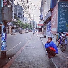 Lonely Morning (press & pleasure - pap) Tags: dhaka asian people potrait morning street southasianlife
