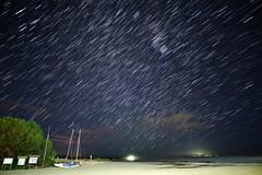 StarStaX IMG3275-3337 Carrera de estrellas. #InspiraciónBdF89 (Fernando Sa Rapita) Tags: baleares canon canoneos eos6d mallorca sarapita sigma sigmaart sigmalens cielo estrellas geminidas lluviadeestrellas longexposure meteorshower night noche sky stars startrails inspiraciónbdf89