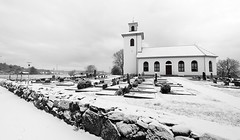 Winter is here 2018 (Oscar Oglecki) Tags: kyrka church snö vinter winter kungälv oscar oglecki kyrkogård sweden sverige svartvit bw blackandwhite