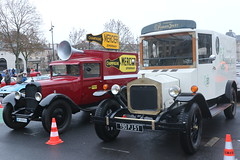 Citroën C4 Champagne Mercier + Ford T Champagne Perrier Jouet (CHRISTOPHE CHAMPAGNE) Tags: 2018 france epernay marne habits lumiere citroën c4 champagne mercier ford t perrierjouet