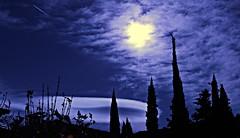 Lenticular (portalealba) Tags: zaragoza zaragozaparque aragon españa spain portalealba canon eos1300d nwn nubes noche nocturna silueta 1001nights 1001nightsmagiccity 1001nightsmagicwindow