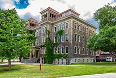 Lyman C. Smith Hall (Eridony (Instagram: eridony_prime)) Tags: syracuse onondagacounty newyork universityhill university privateuniversity campus syracuseuniversity constructed1902