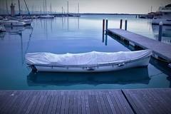 Desenzano del Garda (ornella sartore) Tags: lago desenzano barche pontile inverno colori particolari