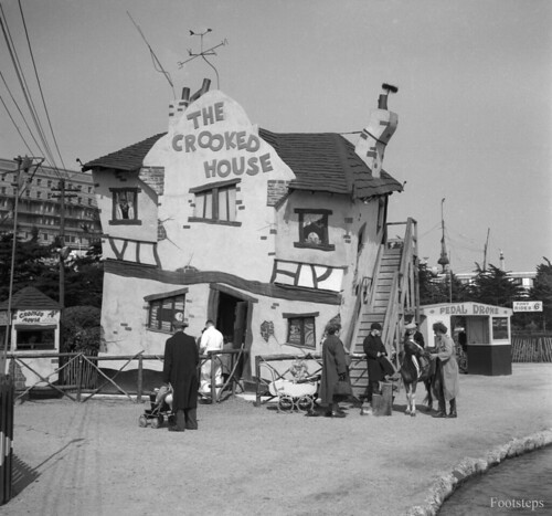 The Crooked House, Southend