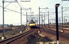 NS 1655 (Hoover 29) Tags: electric nederlandsespoorwegen class16 1655 passengertrain ic943 amsterdamsloterdijk amsterdam holland